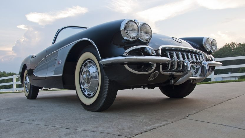1960 Chevrolet Corvette Convertible 283/270 HP, 4-Speed presented as lot S24 at St. Charles, IL 2011 - image2