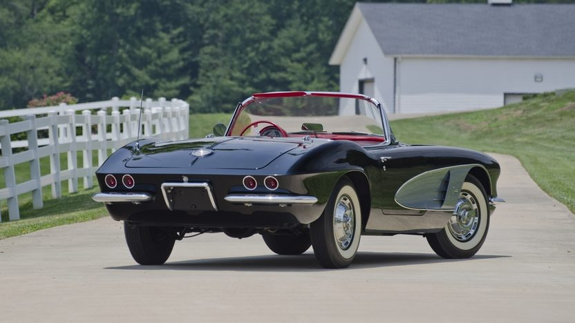 1961 Chevrolet Corvette Convertible 283/270 HP, 4-Speed presented as lot S25 at St. Charles, IL 2011 - image2