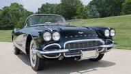 1961 Chevrolet Corvette Convertible 283/270 HP, 4-Speed presented as lot S25 at St. Charles, IL 2011 - thumbail image3