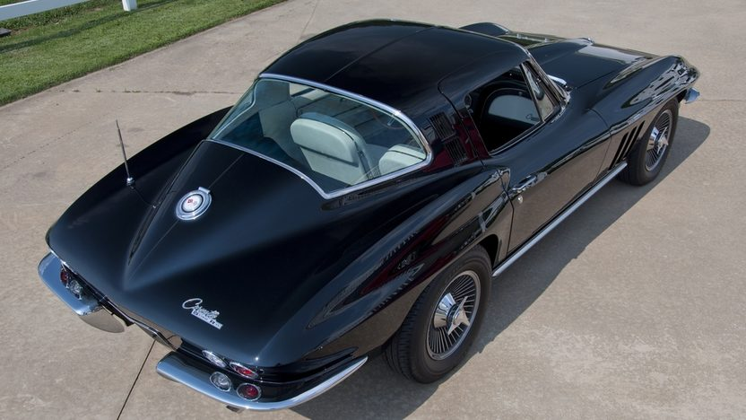 1965 Chevrolet Corvette Coupe 327/375 HP, 4-Speed presented as lot S35 at St. Charles, IL 2011 - image8