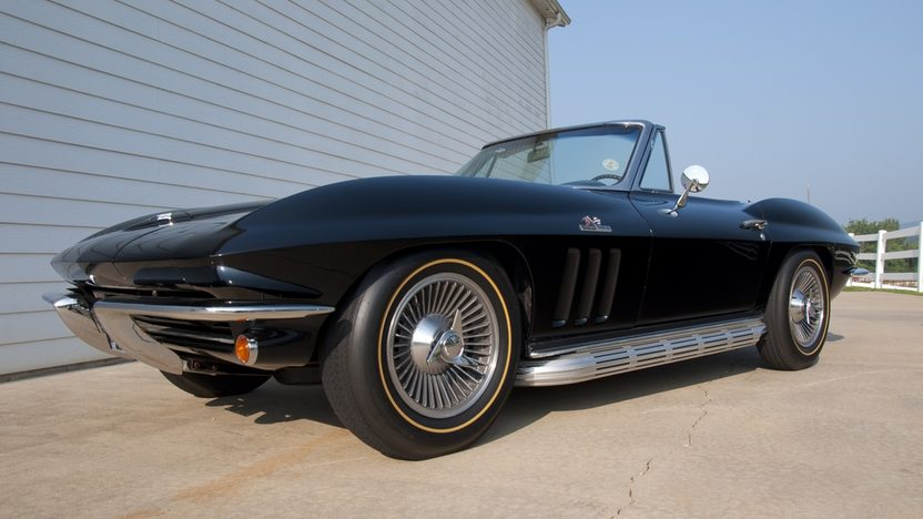 1965 Chevrolet Corvette Convertible 396/425 HP, 4-Speed presented as lot S37 at St. Charles, IL 2011 - image3