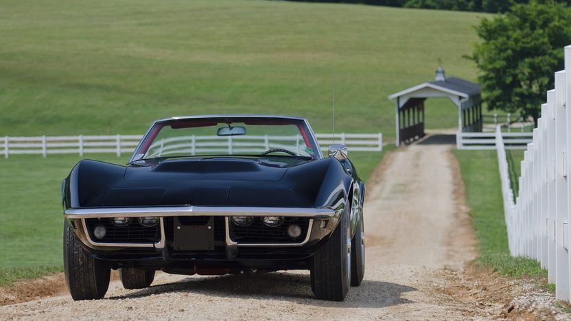 1968 Chevrolet Corvette Convertible 427/400 HP, Automatic presented as lot S43 at St. Charles, IL 2011 - image8