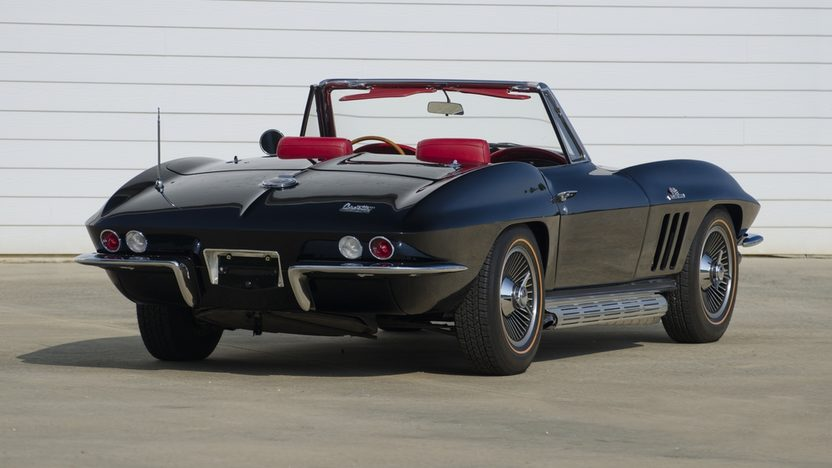 1966 Chevrolet Corvette Convertible 427/425 HP, 4-Speed presented as lot S40 at St. Charles, IL 2011 - image2