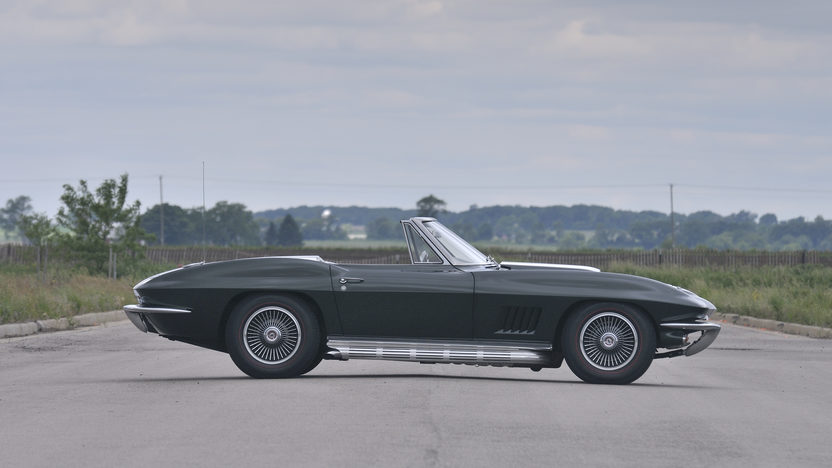 1967 Chevrolet Corvette Convertible 427/435 HP, 4-Speed presented as lot S84 at St. Charles, IL 2012 - image2