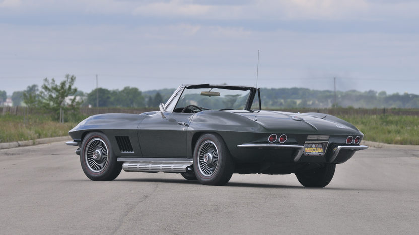1967 Chevrolet Corvette Convertible 427/435 HP, 4-Speed presented as lot S84 at St. Charles, IL 2012 - image9