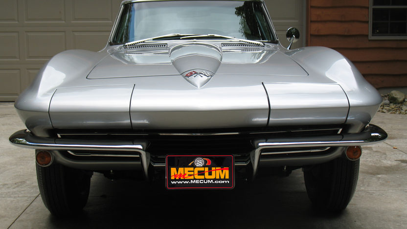 1965 Chevrolet Corvette Coupe 327/350 HP, 4-Speed presented as lot S101 at St. Charles, IL 2012 - image7