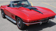 1967 Chevrolet Corvette Convertible 427/435 HP, 4-Speed presented as lot S87 at St. Charles, IL 2012 - thumbail image9
