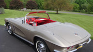 1962 Chevrolet Corvette Convertible 327/360 HP, 4-Speed presented as lot S125 at St. Charles, IL 2012 - thumbail image2