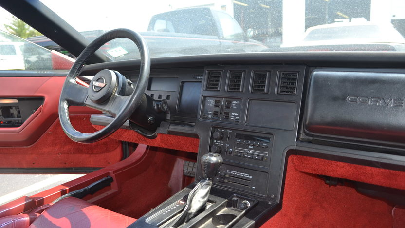 1984 Chevrolet Corvette Coupe presented as lot S6 at Champaign , IL 2013 - image5