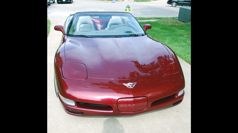 2003 Chevrolet Corvette Convertible 6-Speed, 50th Anniversary Edition presented as lot S30 at Champaign , IL 2013 - image10