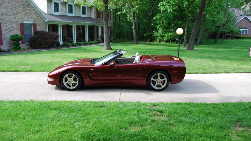 2003 Chevrolet Corvette Convertible 6-Speed, 50th Anniversary Edition presented as lot S30 at Champaign , IL 2013 - image2