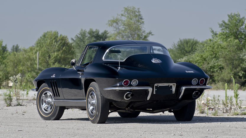 1966 Chevrolet Corvette Coupe 427/425 HP, 4-Speed presented as lot S70 at Champaign , IL 2013 - image2