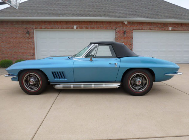 1967 Chevrolet Corvette Convertible 427/390 HP, 4-Speed presented as lot S78 at Champaign , IL 2013 - image2