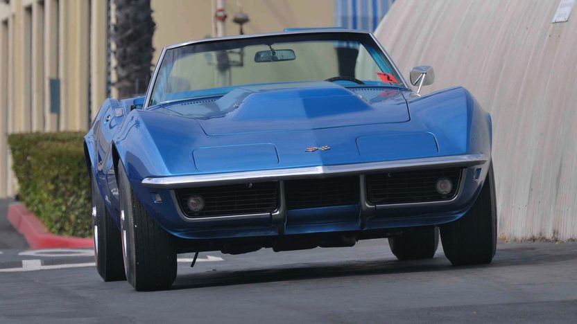 1968 Chevrolet Corvette L88 Convertible 430 HP, 4-Speed presented as lot S84 at Monterey, CA 2009 - image3