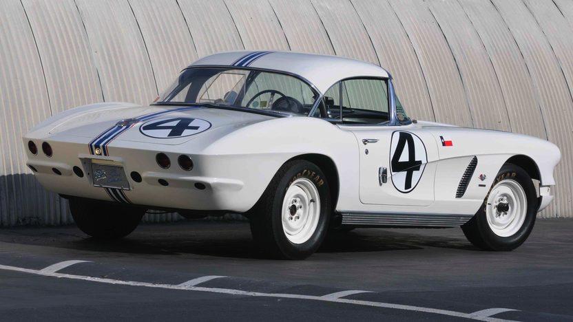 1962 Chevrolet Corvette Coupe Delmo Johnson/Dave Morgan Sebring Racer presented as lot S82 at Monterey, CA 2009 - image2