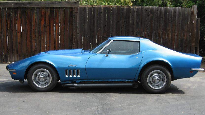 1969 Chevrolet Corvette L88 Coupe 427/430 HP, 4-Speed presented as lot S208 at Monterey, CA 2009 - image2