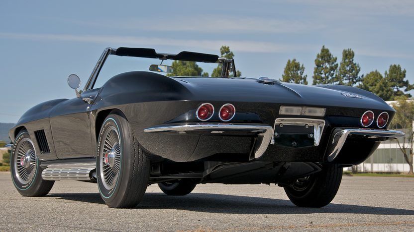 1967 Chevrolet Corvette L88 Convertible First RPO L88 Built, 427/430 HP, 4-Speed presented as lot S125 at Monterey, CA 2010 - image2