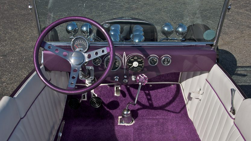 1923 Ford Tweedy Pie Roadster 3-Speed   presented as lot S133 at Monterey, CA 2010 - image4