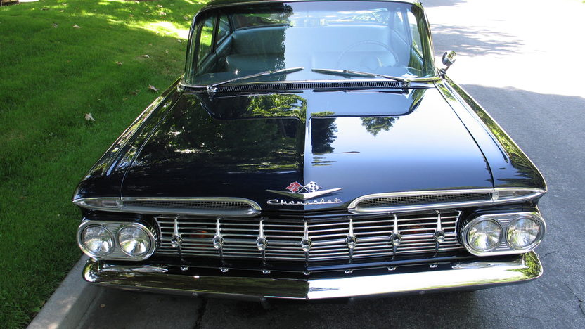 1959 Chevrolet Biscayne 348/305 HP, 3-Speed presented as lot S149 at Monterey, CA 2010 - image3