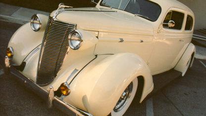 1937 Nash Lafayette 400