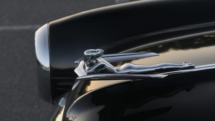 1953 Nash Ambassador Custom Sedan presented as lot F104 at Monterey, CA 2010 - image7