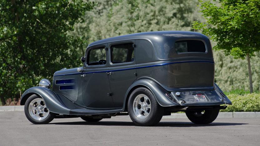 1934 ford 4 door sedan 350 300 hp automatic mecum auctions for 1934 pontiac 4 door sedan