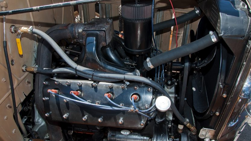 1932 Cadillac LaSalle 3-Speed presented as lot F66 at Monterey, CA 2011 - image9