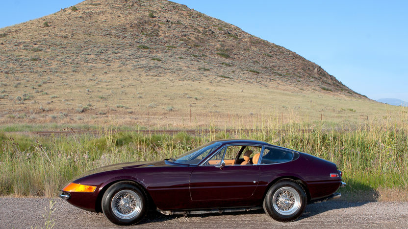1972 Ferrari 365 GTB/4 Daytona Barn Find with 9,752 miles presented as lot S89 at Monterey, CA 2011 - image11