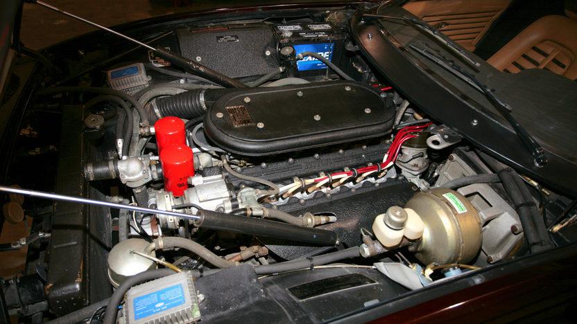 1972 Ferrari 365 GTB/4 Daytona Barn Find with 9,752 miles presented as lot S89 at Monterey, CA 2011 - image6