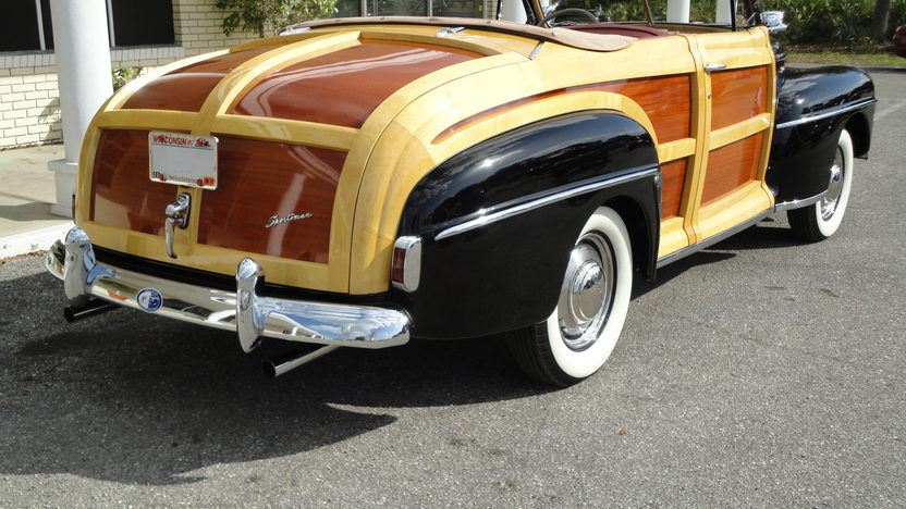 1947 Ford Sportsman Woody Convertible presented as lot S115 at Monterey, CA 2011 - image4