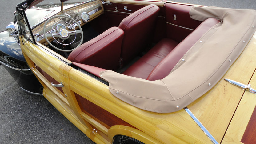 1947 Ford Sportsman Woody Convertible presented as lot S115 at Monterey, CA 2011 - image7