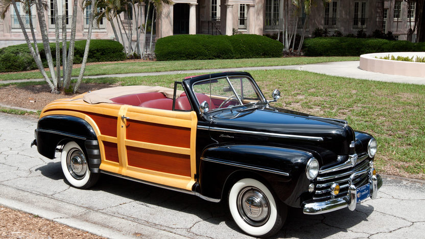 1947 Ford Sportsman Woody Convertible presented as lot S115 at Monterey, CA 2011 - image8