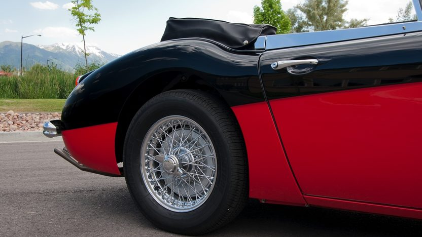 1966 Austin-Healey BJ8 Convertible 5-Speed presented as lot S83 at Monterey, CA 2011 - image10