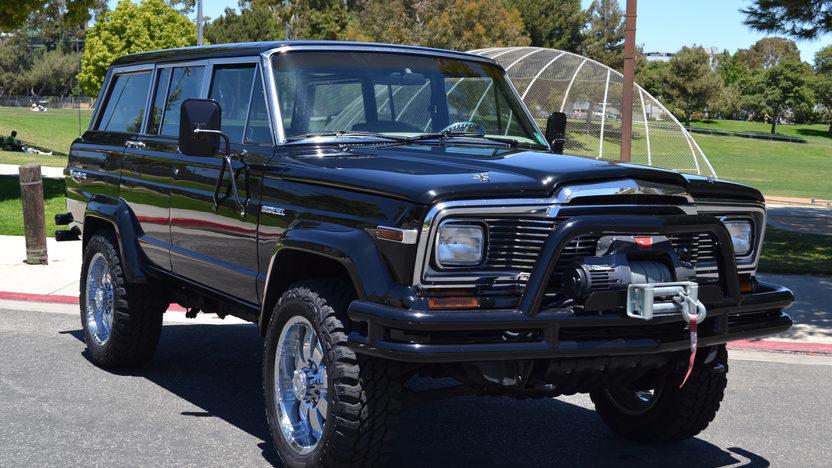 1984 Jeep Grand Wagoneer Mecum Monterey 2012 F207