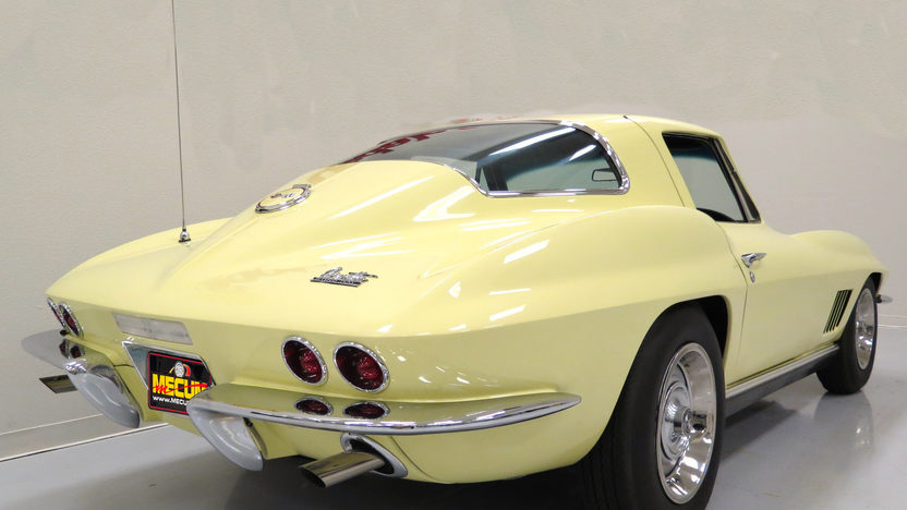 1967 Chevrolet Corvette Coupe 427/435 HP, 4-Speed, NCRS Top Flight presented as lot S149 at Monterey, CA 2012 - image2
