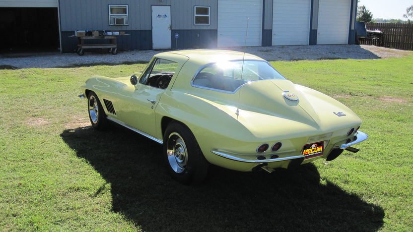 1967 Chevrolet Corvette Coupe 427/435 HP, 4-Speed, NCRS Top Flight presented as lot S149 at Monterey, CA 2012 - image7