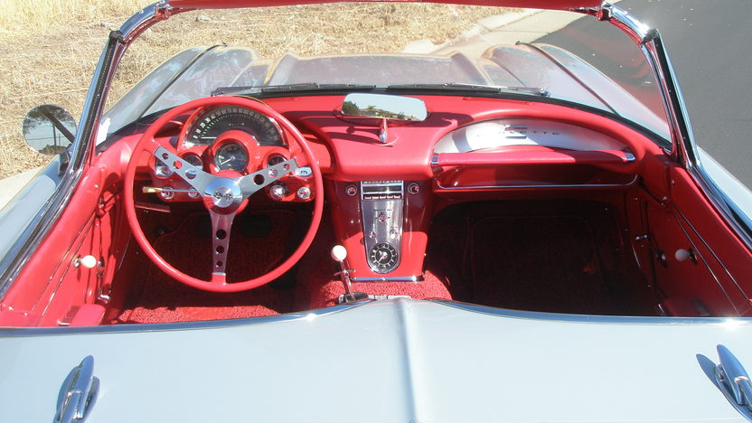 1962 Chevrolet Corvette Convertible 327/360 HP, 4-Speed, NCRS Top Flight presented as lot S172 at Monterey, CA 2012 - image3
