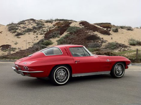 1963 Chevrolet Corvette Split Window Coupe 327/360 HP, 4-Speed presented as lot S99 at Monterey, CA 2012 - image2