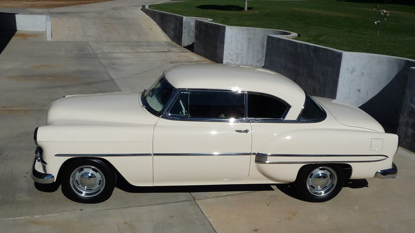 1953 Chevrolet Bel Air Hardtop 235 CI, 3-Speed presented as lot T70 at Monterey, CA 2013 - image2