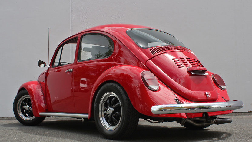 1970 Volkswagen Beetle 1600 CC presented as lot T150 at Monterey, CA 2013 - image2
