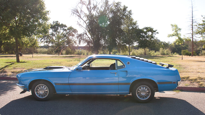 1969 Ford Mustang Mach 1 351/250 HP, Automatic presented as lot T168 at Monterey, CA 2013 - image2