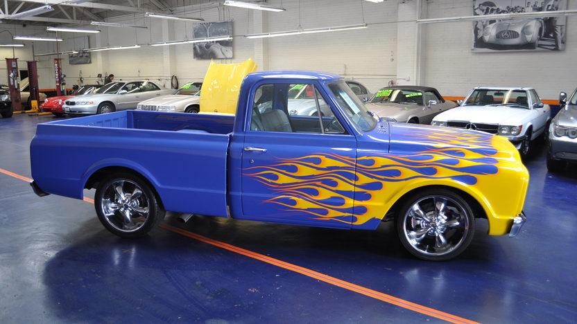 1972 Chevrolet C10 Pickup 454 CI, Automatic presented as lot T137 at Monterey, CA 2013 - image2