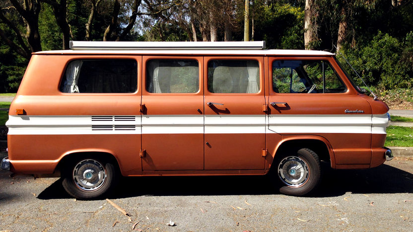 1962 Chevrolet Corvair Greenbrier Camper Van presented as lot T183 at Monterey, CA 2013 - image2