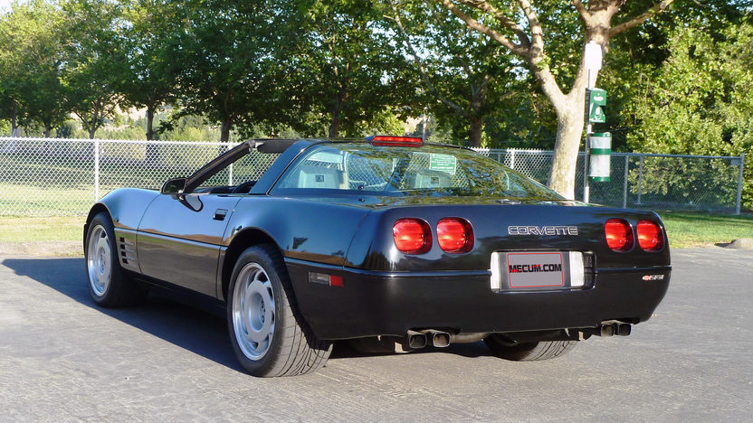 1991 Chevrolet Corvette ZR1 Original Paint, 17,500 Miles presented as lot T191 at Monterey, CA 2013 - image7
