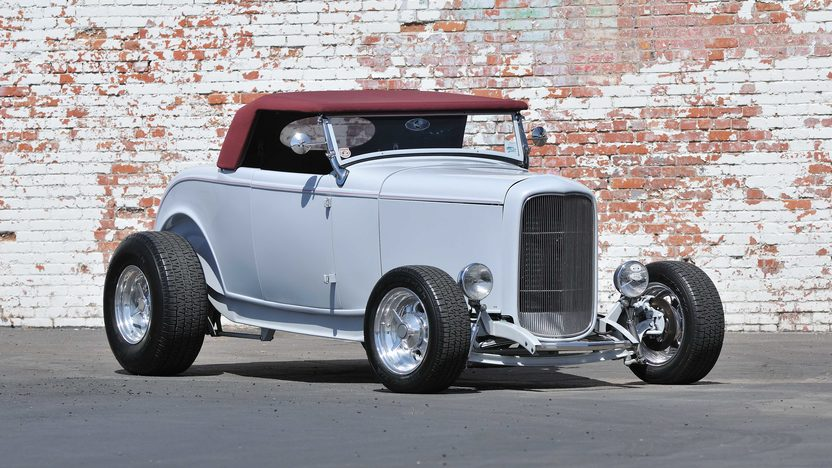 1932 Ford Roadster Street Rod 350/350 HP, Gibbons Body presented as lot F75.1 at Monterey, CA 2013 - image11