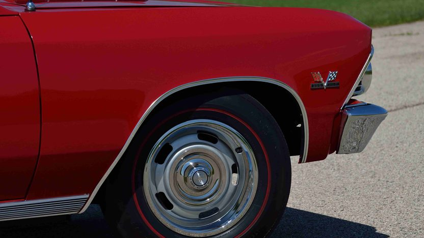 1966 Chevrolet Chevelle SS Convertible 396/360 HP, 4-Speed presented as lot F42 at Monterey, CA 2013 - image9