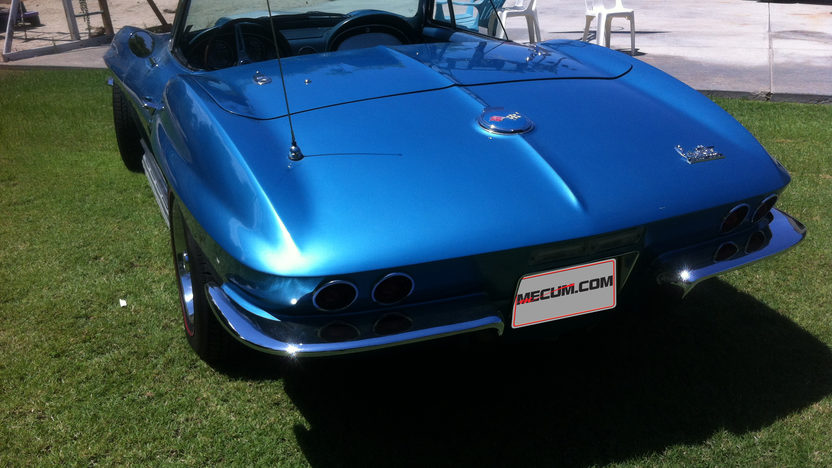 1967 Chevrolet Corvette Convertible 427/390 HP, 4-Speed presented as lot F45 at Monterey, CA 2013 - image3