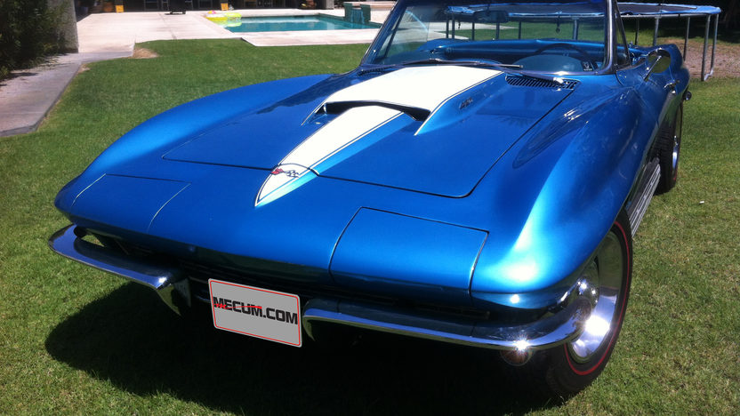 1967 Chevrolet Corvette Convertible 427/390 HP, 4-Speed presented as lot F45 at Monterey, CA 2013 - image6