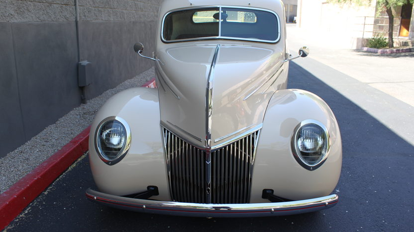 1939 Ford Deluxe Coupe 383 CI, 4-Speed presented as lot F46 at Monterey, CA 2013 - image8
