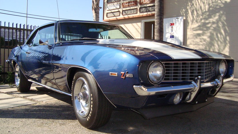 1969 Chevrolet Camaro Z28 302 CI, 4-Speed presented as lot F56 at Monterey, CA 2013 - image7